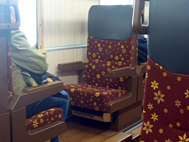 いろは列車の座席2