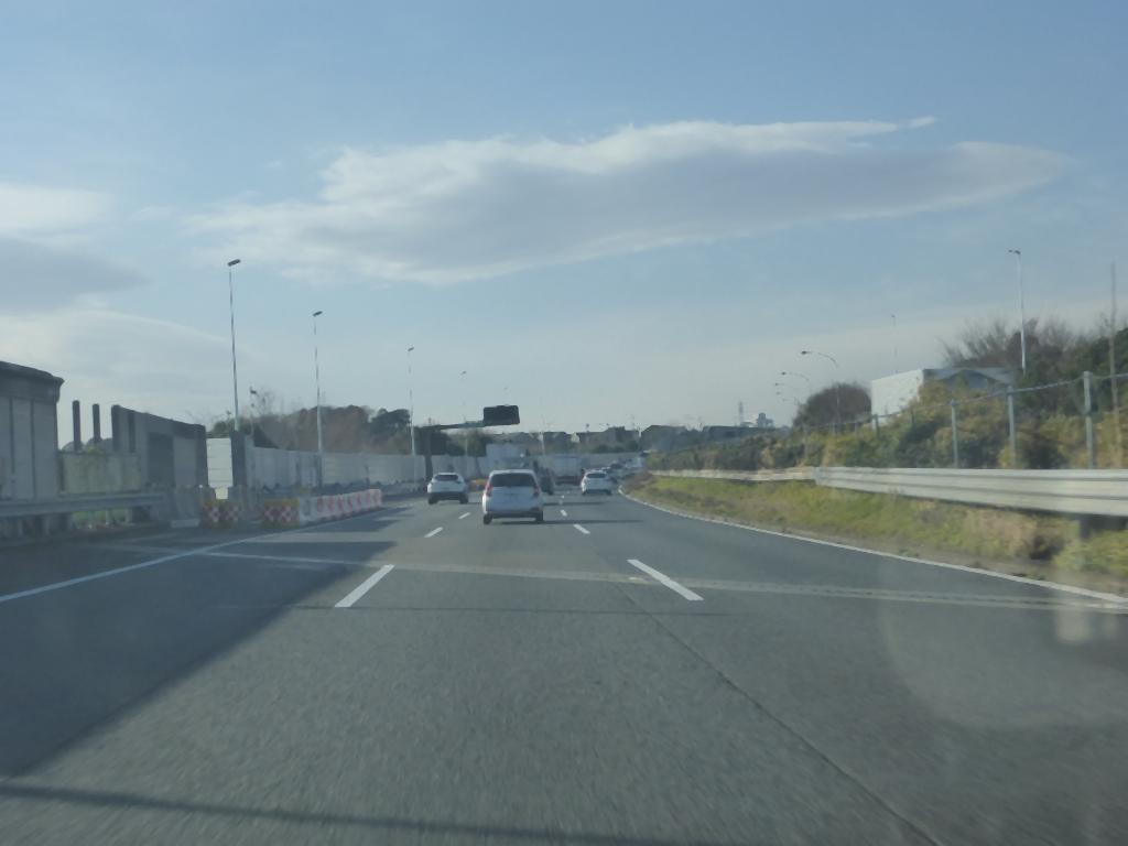 東名高速道路の風景